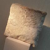 Cushion Fake Fur Silver Otter 45x45_