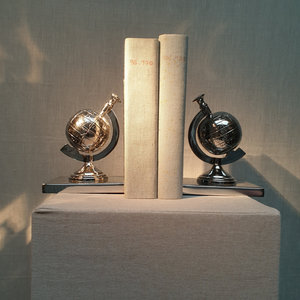 Boekensteun Globe Nikkel 17,5cm